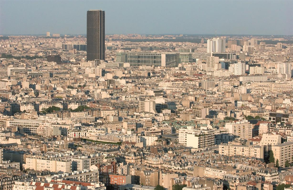 La tour montparnasse tourisme paris vacances paris for Hotels quartier montparnasse