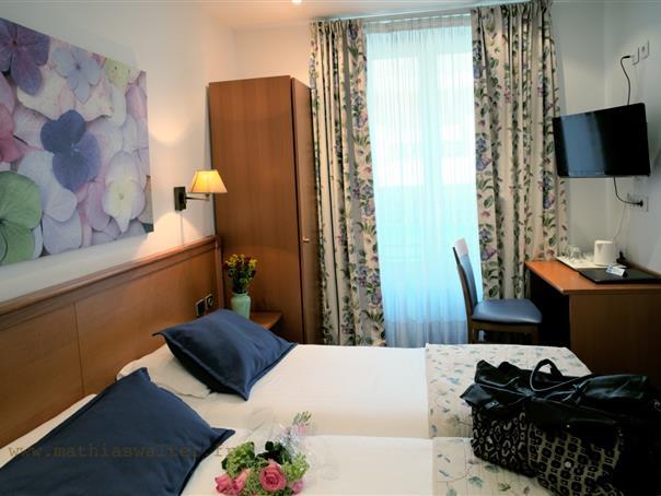Hotel Pas Cher Maubeuge